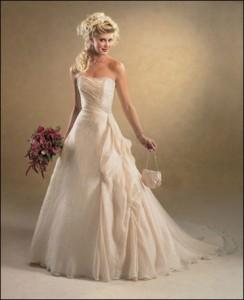 Cream-wedding-dresses-9
