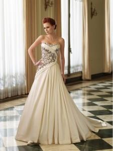 cream-colored-wedding-dresses-7